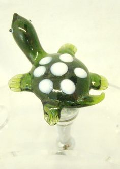 New Hand Blown Glass Turtle Wine Stopper LSArts http://www.amazon.com/dp/B004HUFXD8/ref=cm_sw_r_pi_dp_QExhxb1DS7R2H