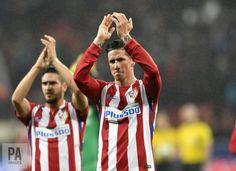 """⚡️ """"Fernando Torres cae inconsciente a medio partido""""  https://twitter.com/i/moments/837415338421669889   RT @Torres: Muchas gracias a todos por preocuparos por mí y por vuestros mensajes de ánimo. Ha sido sólo un susto. Espero volver muy pronto!"""