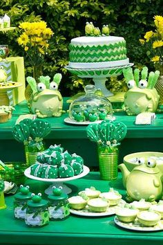 Throw an epic Leap Day birthday party that will last the next four years with a hoppy frog-themed bash! For a festive February party, consider going over the Leap Year Birthday, Frog Birthday Party, Boy Birthday Parties, Baby Birthday, 16th Birthday, Princesa Tiana, Leap Year Babies, Frog Baby Showers, Frog Cakes