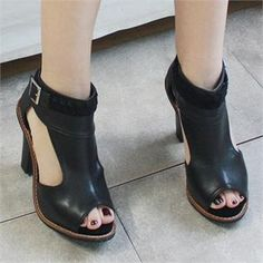 Buy 'Reneve – Peep-Toe Booties' with Free International Shipping at YesStyle.com. Browse and shop for thousands of Asian fashion items from South Korea and more!