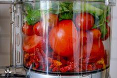 Raw Marinara Sauce - Veggies Don't Bite