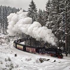 Merry Christmas from Sweden! #christmas #snow #scandinavia #petraviktoriadesign
