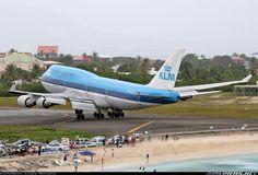 plane33