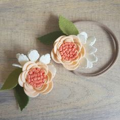 APRICOT DELIGHT - single bloom / single flower / nylon headband / hair clip / felt flower headband / felt in bloom