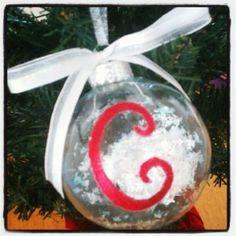 DIY: Personalized Christmas Ornament #Christmas #Gifts #HomemadeHolidays