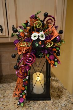Dress up your lantern with this Halloween lantern swag! This swag attaches to your own lantern and does NOT include the lantern pictured. The