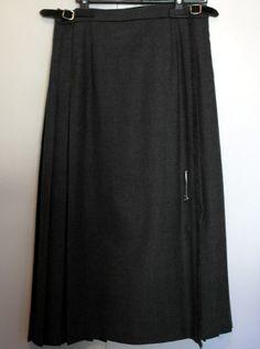 Ladies Grey Pure New Wool Kilt 26 waist by SunDazeVintage on Etsy, €12.99