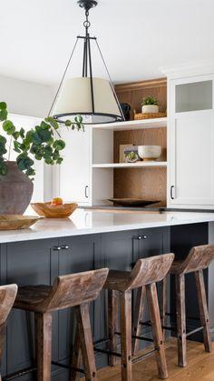 Kitchen Redo, Home Decor Kitchen, Interior Design Kitchen, Kitchen Ideas, Island Kitchen, Narrow Kitchen With Island, Kitchen Island Seating, White Cabinet Kitchen, Peninsula Kitchen Design