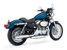 Moto del día: Harley-Davidson Sportster 883 Harley Davidson Sportster 883, Milwaukee, View Photos, Vehicles, Instagram Posts, Side View, Motorcycles, Harley Davidson Pictures, Motorbikes