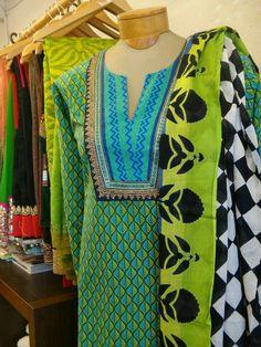 Salwar Suit Neck Designs, Neck Designs For Suits, Kurta Neck Design, Neckline Designs, Dress Neck Designs, Kurta Designs, Blouse Designs, Kurta Patterns, Fancy Dress Design