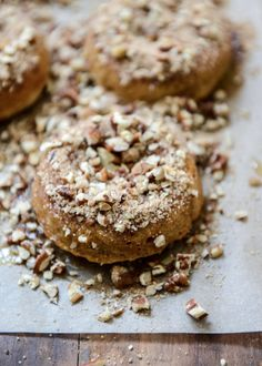 Sweet Potato Pecan Pie Doughnuts with Roasted Pecan Crunch | howsweeteats.com
