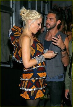 Gwen Stefani - go ahead and look at me; 'cause that's what I waaaant.