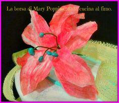 La borsa di Mary Poppins... dalla cucina al fimo: GIGLIO IN WAFER-PAPER DIPINTA CON COLORI ALIMENTAR...