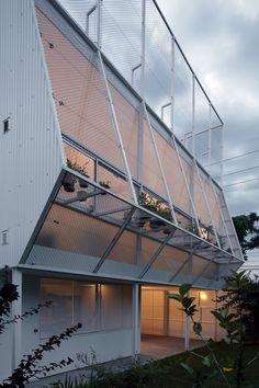 Martos House / Adamo-Faiden