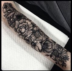 Beautiful flower sleeve done by Kelly Violet