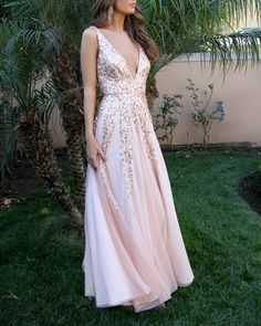 Buy Simple V Neck Long A-line Pink Sequins Open Back Simple Flowy Prom Dresses uk in uk.Rock one of the season's hottest looks in a burgundy homecoming dress or choose a timeless classic little black dress. Flowy Prom Dresses, Burgundy Homecoming Dresses, Dresses Elegant, Women's Evening Dresses, Tulle Prom Dress, Sexy Dresses, Pink Dresses, Party Dresses, Dress Party