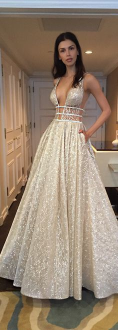 So much sparkle! @bertabridal sure know how to amp up the glitz!