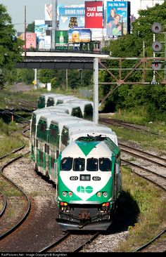 RailPictures.Net Photo: GO 601 GO Transit (Greater Toronto Transit Authority) MPI MP40PH-3C at Toronto, Ontario, Canada by BurghMan