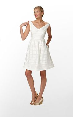 Dreamy rehearsal dinner dress... white before the WHITE! #LillyPulitzer #SouthernWeddings