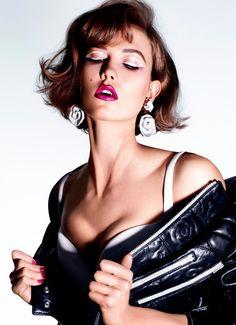 Karlie-Kloss-Miguel-Reveriego-Sunday-Times-Style-FTAPE-03