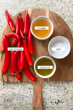 Vegan Gluten Free, Vegan Vegetarian, Homemade Chili Sauce, Chili Ingredients, Red Chilli, Nom Nom, Stuffed Peppers, Vegetables, Preserving Food