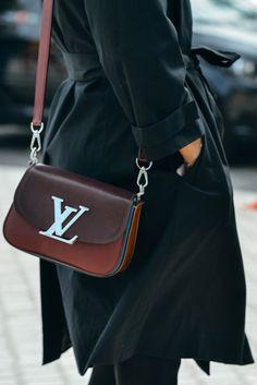 LV bag chocolate tones