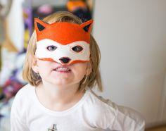 Výsledek obrázku pro maska liška Carnival, Face, Painting, Beauty, Carnavals, Painting Art, The Face, Paintings, Faces