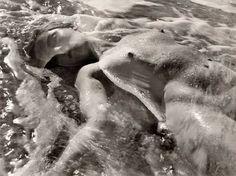 LIMITLESS MINDGAMES: Ruth Bernhard Photography