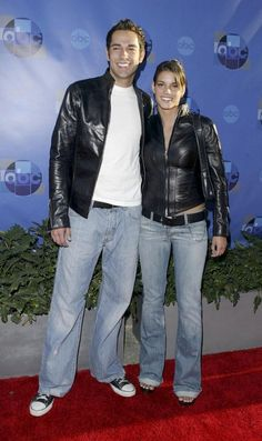 Zachary Levi Marries GF Missy Peregrym! [PHOTO]