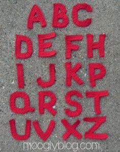 Kijk wat ik gevonden heb op Freubelweb.nl: een gratis haakpatroon van Moogly van alle (hoofd)letters van het alfabet https://www.freubelweb.nl/freubel-zelf/gratis-haakpatroon-alfabet-2/