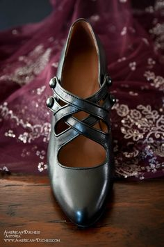 """""""Astoria"""" Edwardian shoe, 1900-1915, in ebony.    These will be available for ordering January 16 - February 3 for 20% off.    $110 (pre order)    www.American-Duchess.com"""