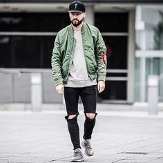 Top Look by @iampatricklesser ✔️⚪️ do you like it ?  !  Tag #mwstyles in your picture for a chance to be featured ! ❕ - #stylish #streetfashion#fashionista #suitup #inspiration #ootd#bespoke #dotd #fashionblogger#instawatch  #mensfashion #menstyle#mensstyle #dapper  #gentleman#watchoftheday #fashiondiary #sartorial#menaccessories #casual #suitandtie#menswear #swag #outfitoftheday #de#pocketsquares quarek