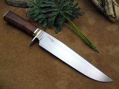 Gentleman's Bowie Knife In Ironwood Burl