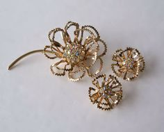Sarah Coventry 'Allusion' Flower Brooch by MargsMostlyVintage