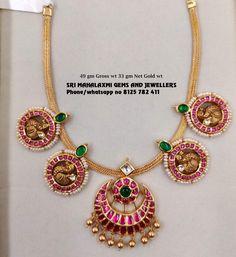 Latest Gold Jewellery, Gold Jewellery Design, Trendy Jewelry, Gold Jewelry, Jewlery, Gold Choker Necklace, Diamond Choker, Emerald Necklace, Antique Necklace