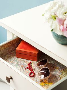 Drawer Liner, 5 Easy Crafts with Maps #crafts | http://www.rachaelraymag.com/fun-how-to/makeovers/5-crafts-with-maps/5/