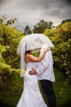 Nicoletta & Jason Yellow and Orange Autumn Wedding| Photo: http://sandirufophotography.com/