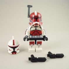LEGO-Star-Wars-Captain-Fox-Clone-Trooper-Phase-2-Armor-Mini-Figure-Battle-Pack