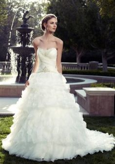 A-line Princess Sweetheart Strapless Chapel Train in Organza Wedding Dress