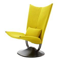 Ligne Roset Anneau Chair www.lignerosetsf.com #LigneRosetSF #LiveBeautifully