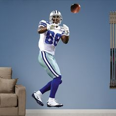 Dez Bryant REAL.BIG. Fathead – Peel & Stick Wall Graphic | Dallas Cowboys Wall Decal | Sports Home Décor | Football Bedroom/Man Cave/Nursery
