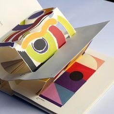 Madame Sonia Delaunay by Gerard Lo Monaco Arte Pop Up, Pop Up Art, Sonia Delaunay, Paper Art, Paper Crafts, Cut Paper, Foam Crafts, Paper Engineering, Book Sculpture