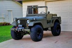 Old School Mil Style Jeep