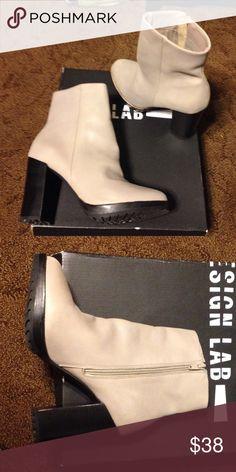 LOUISVUITTON.COM - Louis Vuitton Femme Souliers   Shoe Lab (Heels)    Pinterest   Louis vuitton, Ankle boots and Ankle 0b924f9ce2d