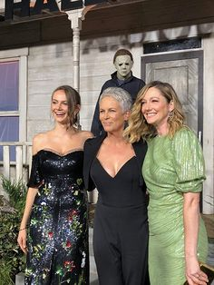 Jamie Lee Curtis, Judy Greer, and Andi Matichak at an event for Halloween movies jamie lee curtis Halloween Halloween Film, Halloween Pictures, Halloween 2018, Ghost Movies, Scary Movies, Horror Movies, Michael Myers, Jamie Lee Curtis Halloween, Tony Curtis