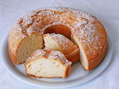 Ciambellone allo Yogurt (Torta 7 Vasetti)
