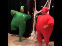 Maddie Ziegler & Kendall Vertes Dancing In Their Halloween Costumes - YouTube. THE SONG OMG