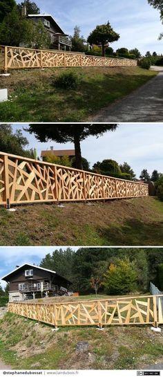 Original Douglas fir barrier by stephanedubessat Douglas Fir, Western Decor, Lodges, Garden Bridge, Rooftop, Wood Art, Pergola, Woodworking, Exterior