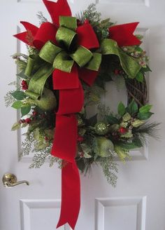 Christmas Swags, Christmas Ribbon, Green Christmas, Christmas Colors, Holiday Wreaths, Christmas Decorations, Christmas Wreaths For Front Door, Winter Wreaths, Green Front Doors