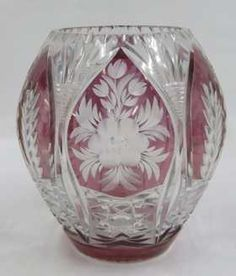 BOHEMIAN AMETHYST COLOR TO CLEAR GLASS VASE. HEIGHT 10""